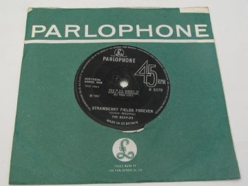 "Beatles (The)  STRAWBERRY FIELDS FOREVER 1967 SOLID CENTRE UK 7"" EX AUDIO"